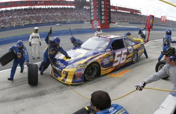 The MWR crew go to work in the Auto Club 400