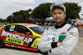 Filipino driver Enzo Pastor will drive a TeamVodafone Commodore VE on Thursday