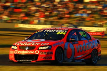 Craig Lowndes has continued his winning form at Queensland Raceway with victory in Race 17
