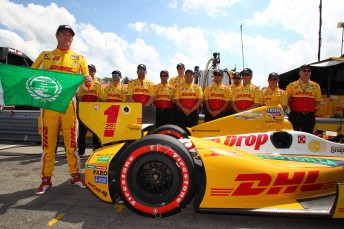 Ryan Hunter-Reay secures pole at Mid-Ohio