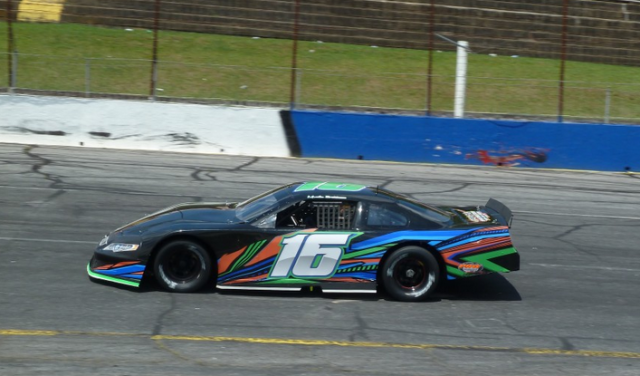 Matt Brabham taking to Hickory Speedway in the Gilliland Late Model