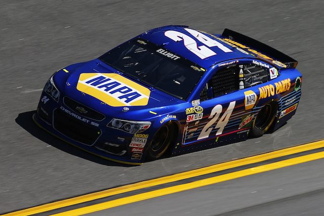 Chase Elliot became the youngest winner of the Daytona 500 pole at 20 years of age, carrying the number made famous by Jeff Gordon