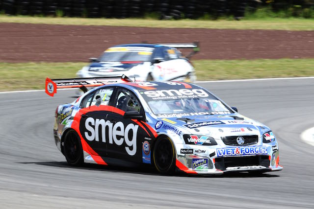 Simon Evans romps to clean sweep at Taupo