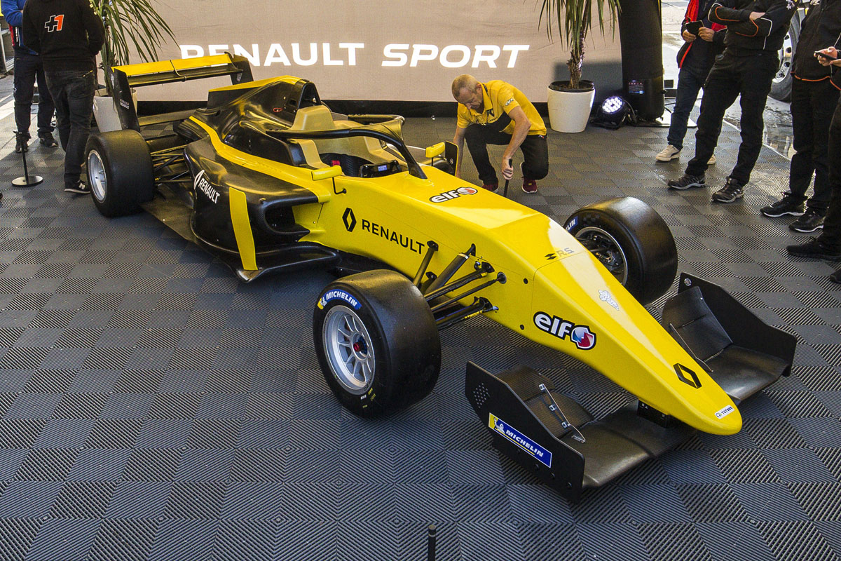 Alonso's FA Racing squad joins Formula Renault Eurocup - Speedcafe