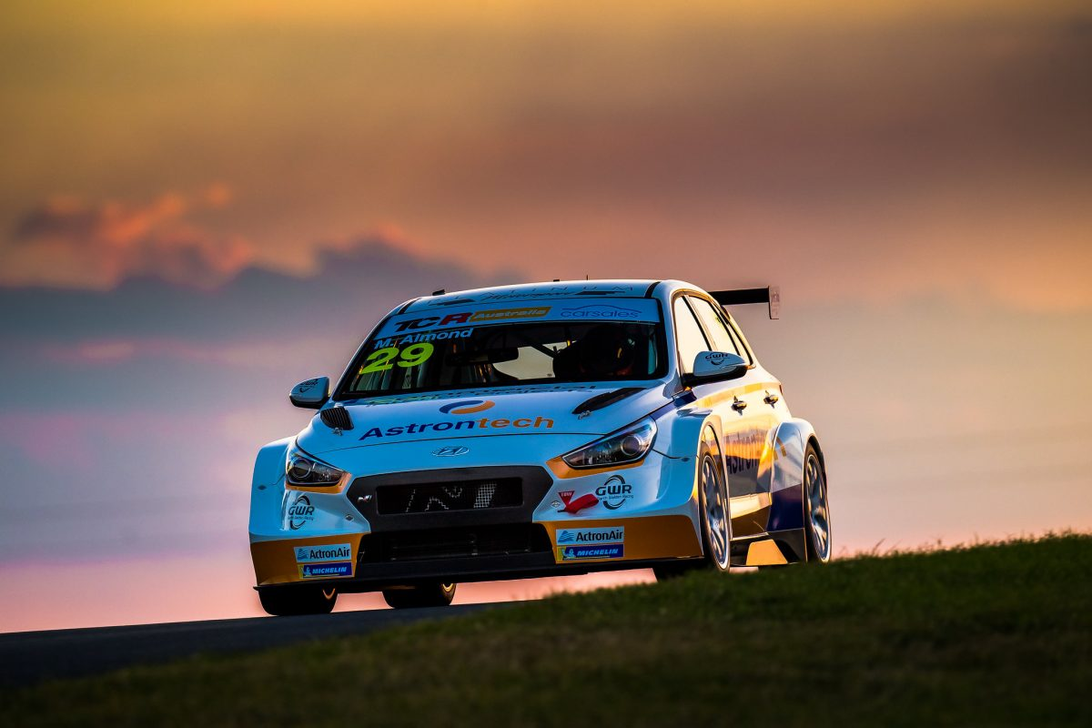 Almond doubles up in TCR Australia practice - Speedcafe